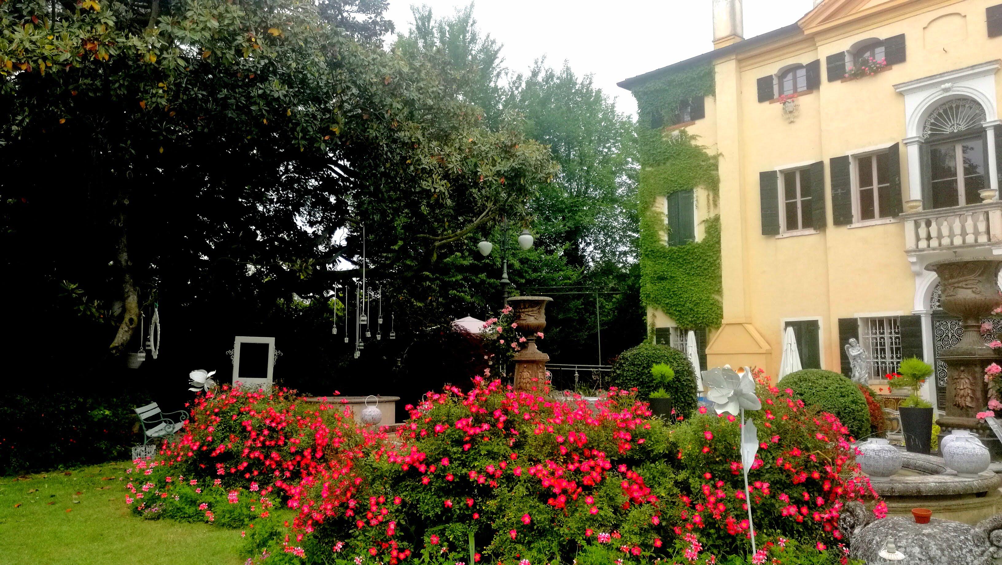 LUXURY WEDDING IN ITALY BY VILLA SELMI