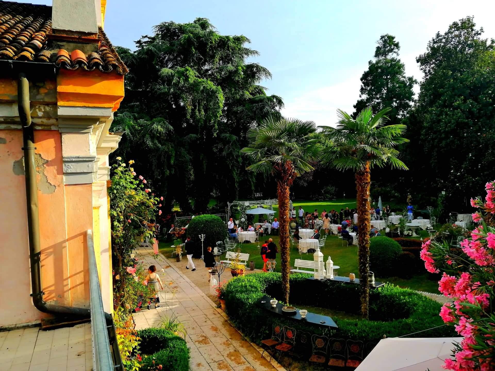 BRANDING LOCATION PER DIFFONDERE MARCHI AZIENDALI IN ITALIA